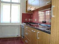 Prodej  bytu 2+1, 62 m2 v OV, 3. patro, Karlovy Vary - Zeyerova