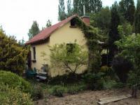 K prodeji zděná chata 16m2,  se zahrákou 375 m2,  v OV v Doubí pod zámečkem.
