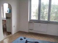 Prodám byt 3+1,OV,2.NP,76 m2, Karlových Varech,ul.Americká
