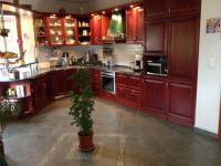 Prodej rodinného domu 9+kk, 490 m2 užitná plocha, zahrada 888 m2, Sadov u Karlových Varů