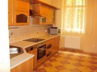 Prodej bytu 3+1, 80 m2+ mansarda 13 m2, 1 patro, OV,  ul. T.G. Masaryka, Karlovy Vary