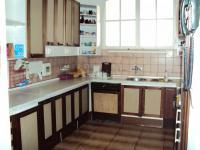 Prodej bytu 4+kk, 111 m2, 2 mansardy a sklep, 1. patro, Bělehradská, Karlovy Vary