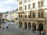 Pronájem bytu 3+1, v OV, 86 m2, 1. a 2. patro, lázeňská kolonáda Karlovy Vary