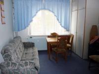 Pronájem bytu 1+1+G, 41 m2, 6. patro,  ul. U Koupaliště, K.Vary