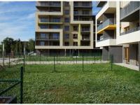Nový byt 3+kk o ploše 90,1m2 + 2 x terasa 15,6m2 + 2 x zahrada 50,5m2 ve výstavbě.