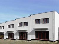 Rodinný řadový cihlový dům 4+kk o ploše 140m2 + garáž, na pozemku 185,1m2.
