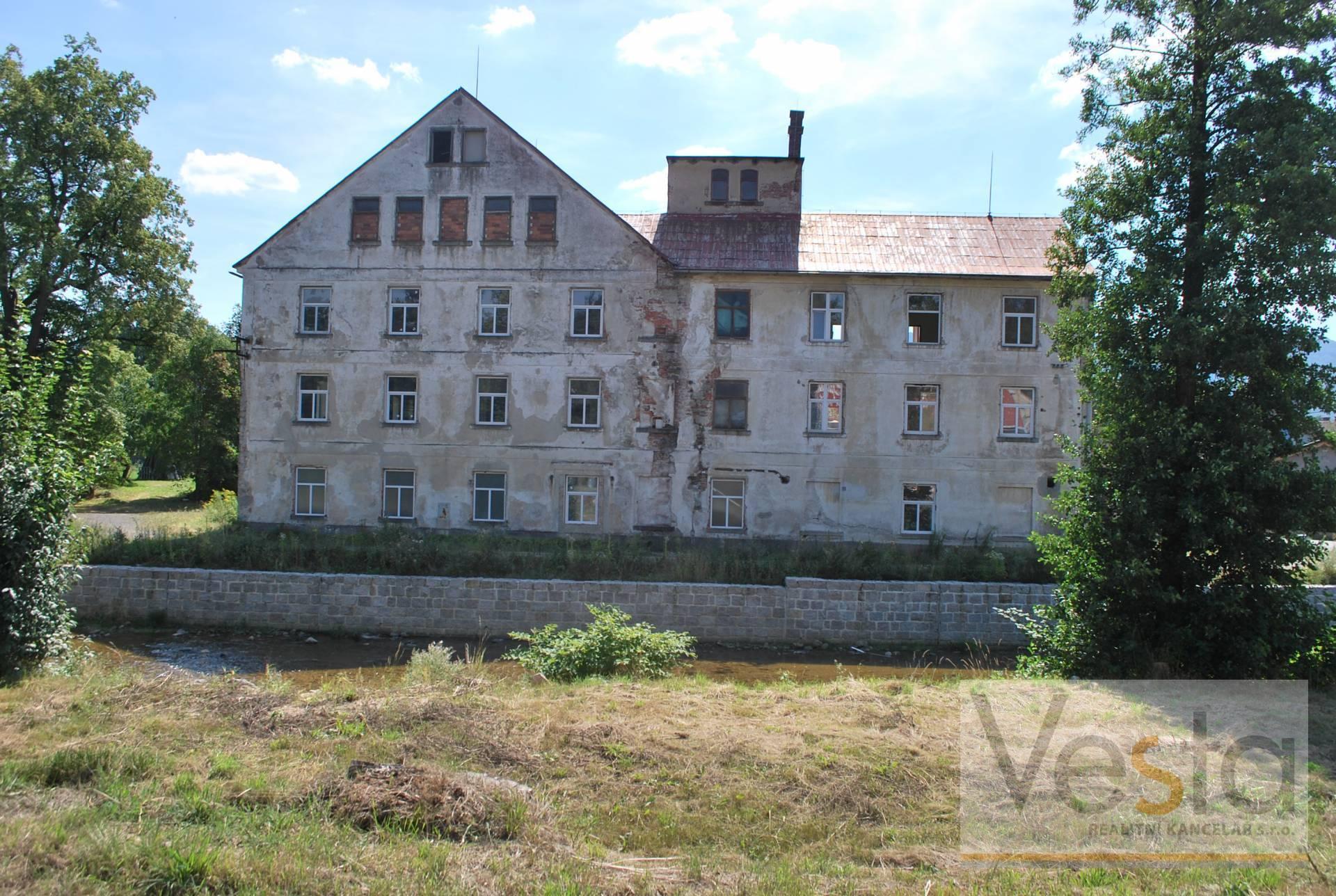 Průmyslový objekt v Raspenavě