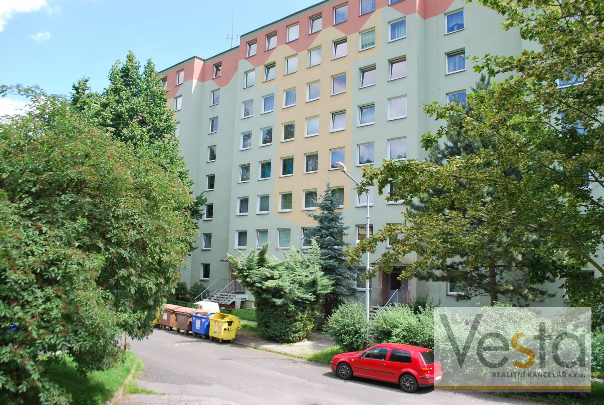 Družstevní byt 2+kk v Krásném Březně