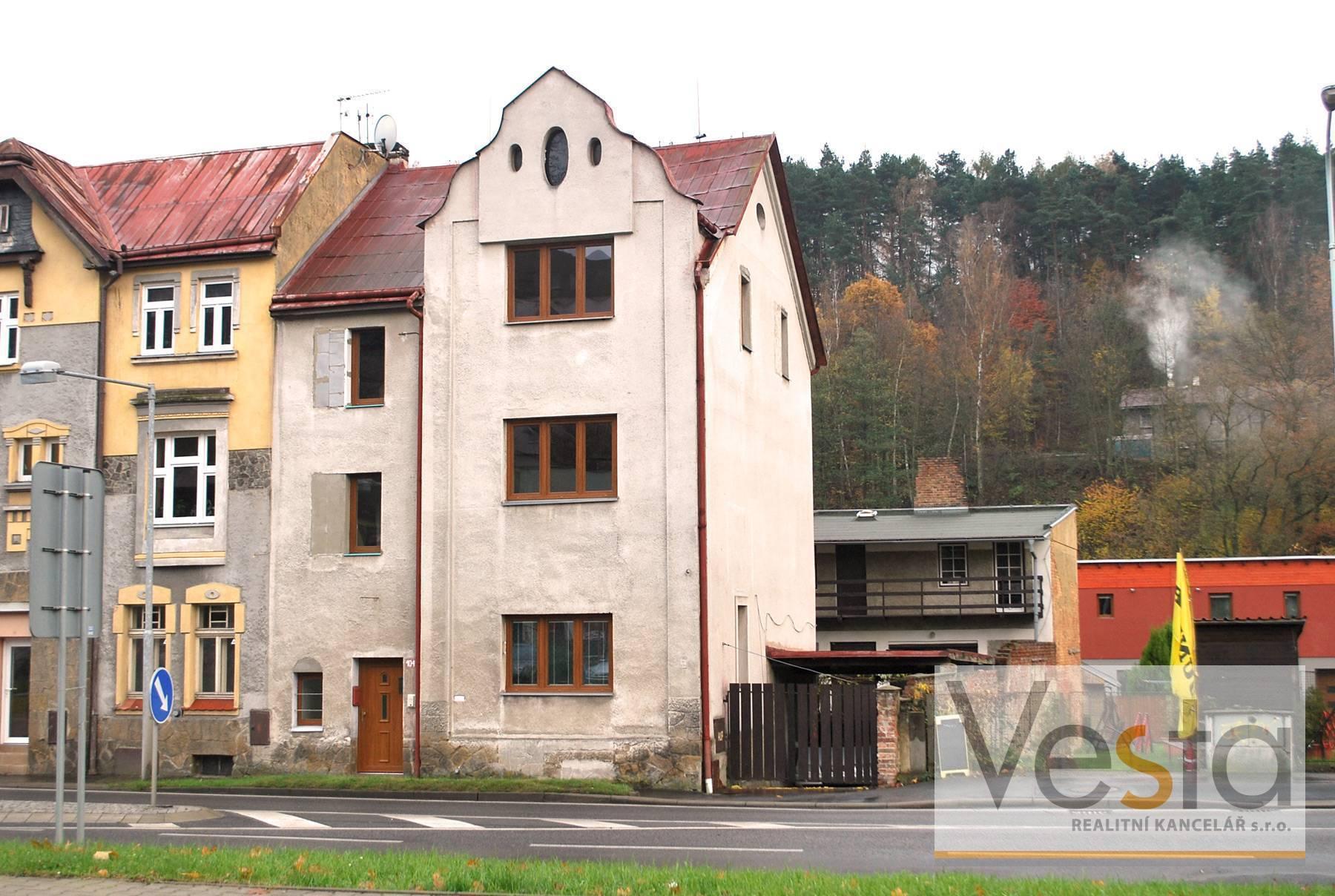 Bytový dům (3 x 2+1), zahrada, dílna, Děčín IX - Bynov
