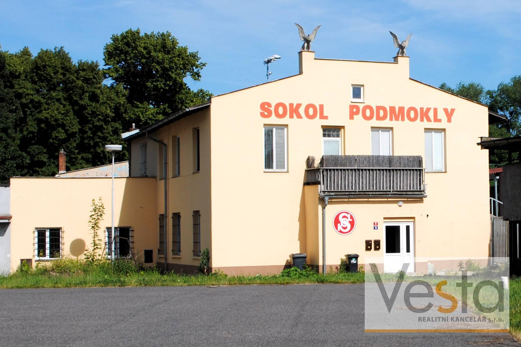 Historická budova Sokola Podmokly v centru Děčína