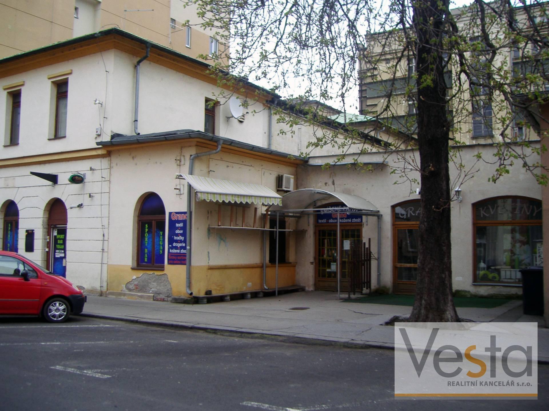 Pronájem variabilních obchodních ploch v centru Děčína