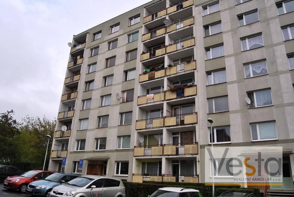 Byt 2+1 po kompletní rekonstrukci, Děčín - Bynov