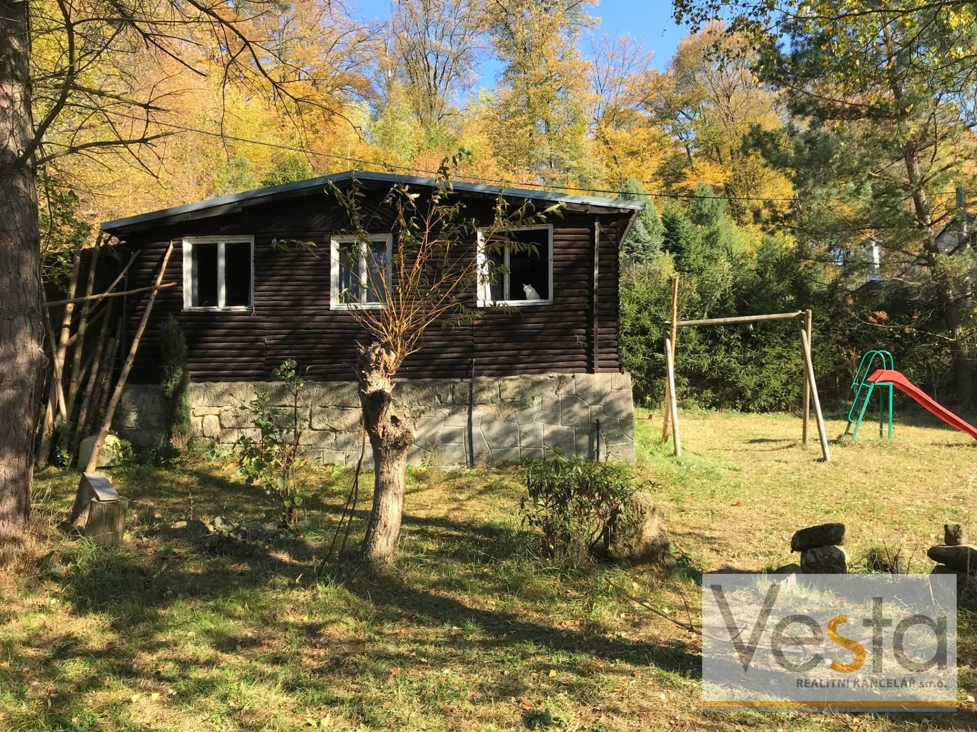 Rekreační chata v krásné přírodě v obci Studený