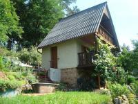Velké Počíčí - zděná chata se zahradou