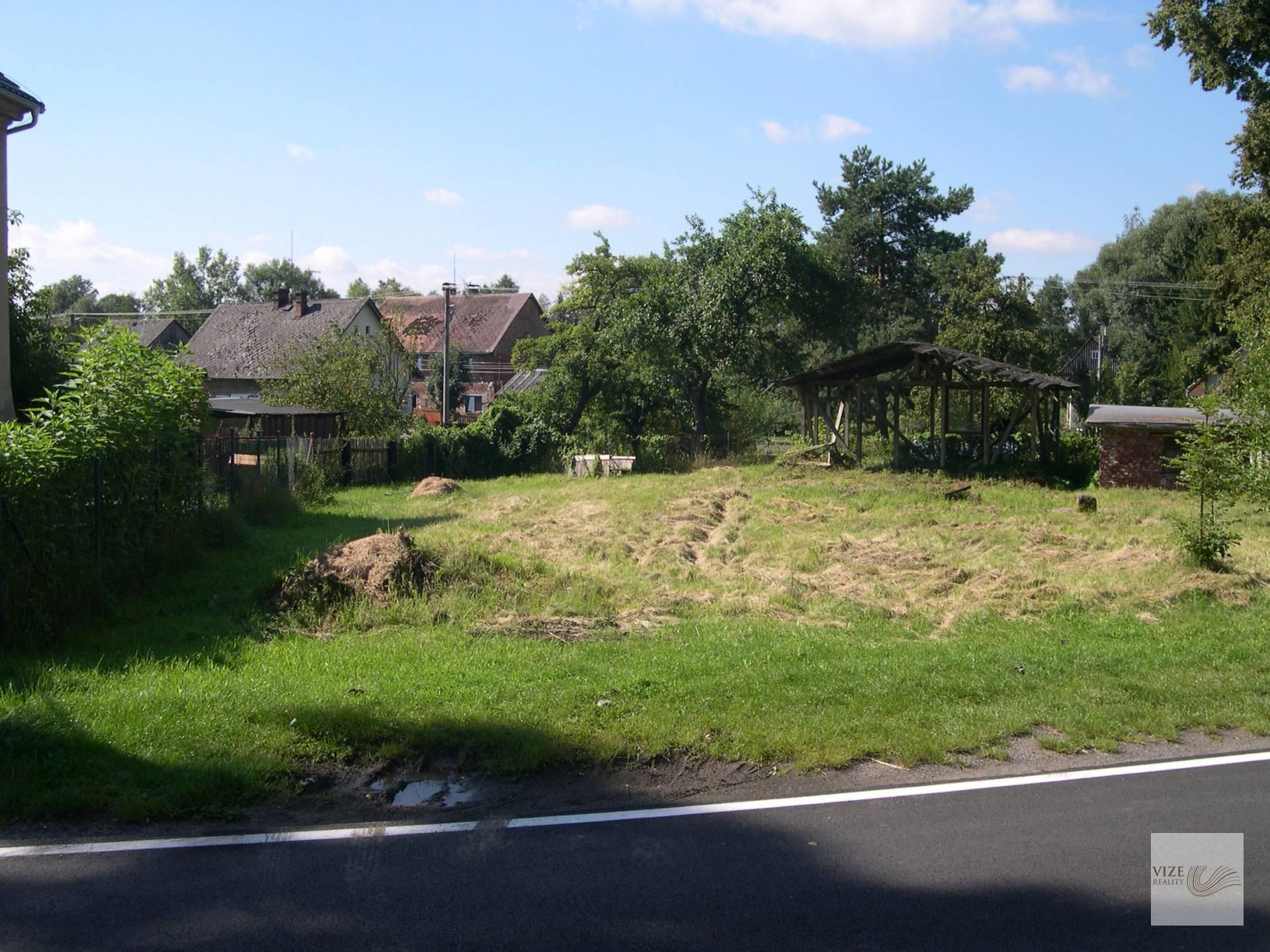 Stavební pozemek v obci Dobranov.