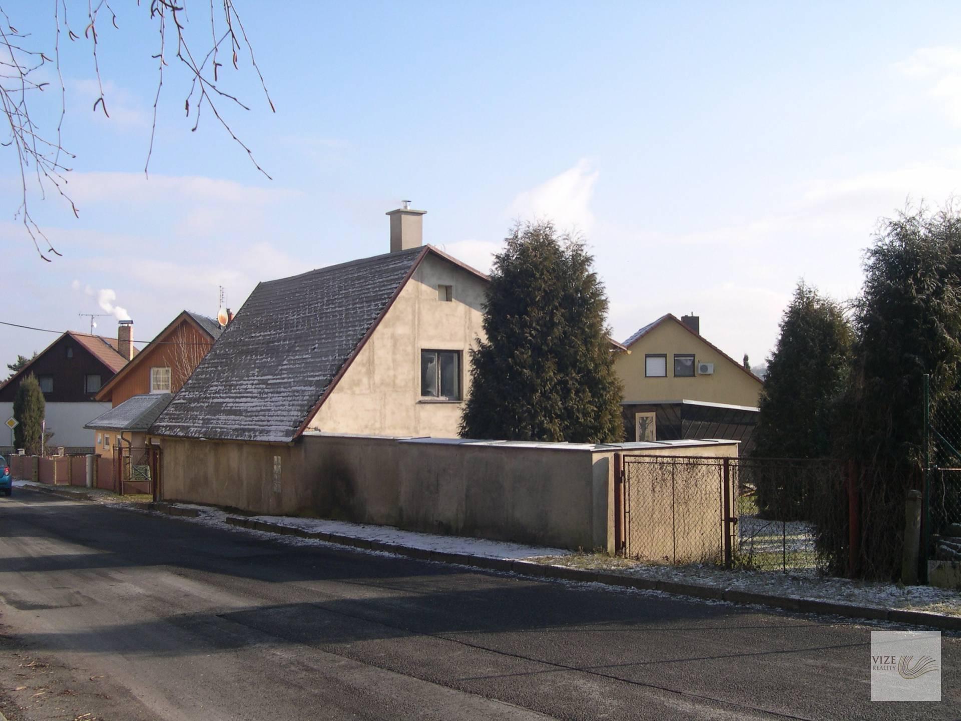 Prodej domu se stavebními pozemky ve Varnsdorfu.