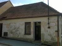 Prodej budovy v centru Zbraslavi