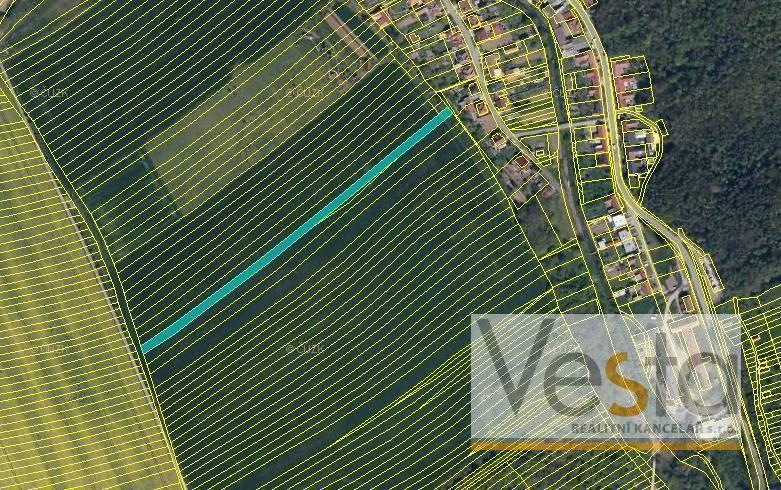 Soubor pozemků o výměře 5 352 m2, obec Veletiny