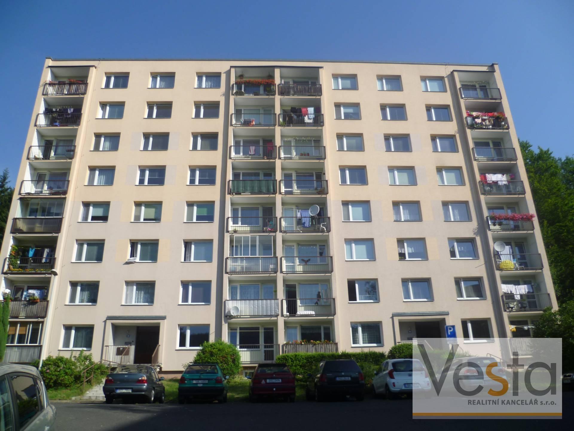 Pronájem bytu 3+1 s lodžií, Děčín, 63 m2