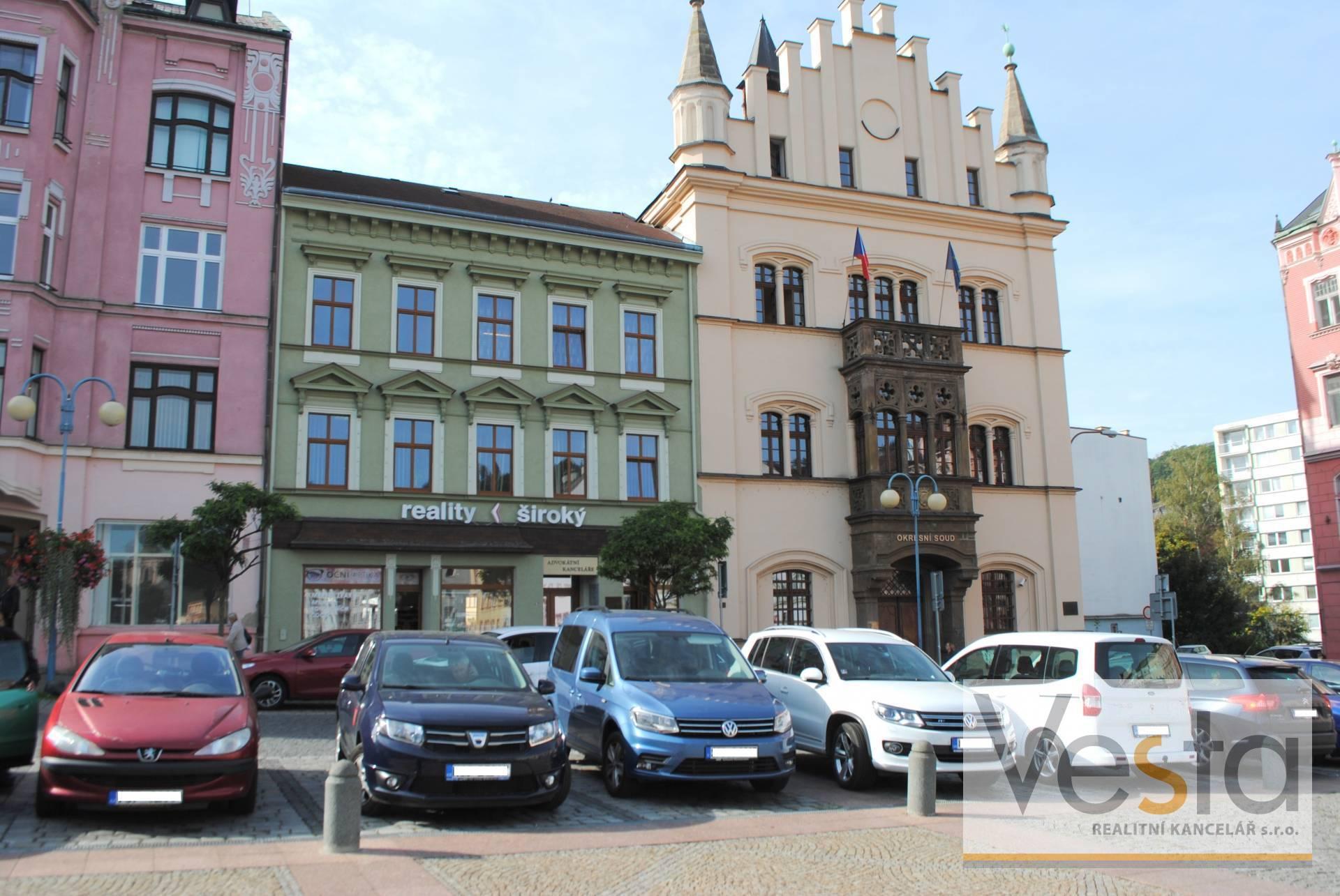 Pronájem kanceláře v centru Děčína, 60 m2