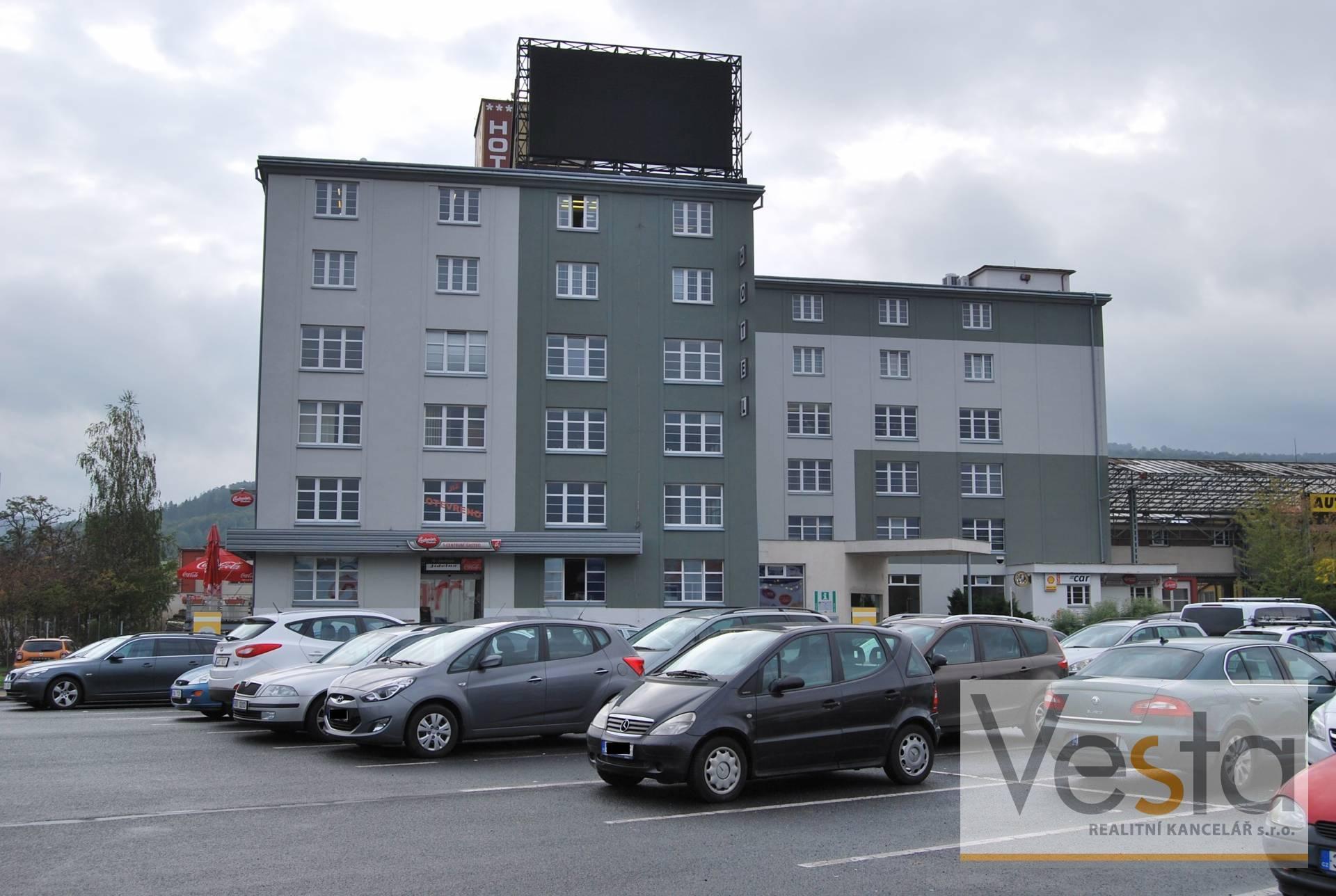 Pronájem kanceláří v budově S-centrum Děčín